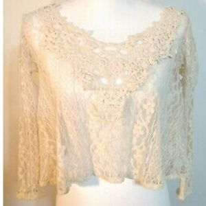 "Hollister Cropped Lace Shell Top Cream XS 34"" Chst"